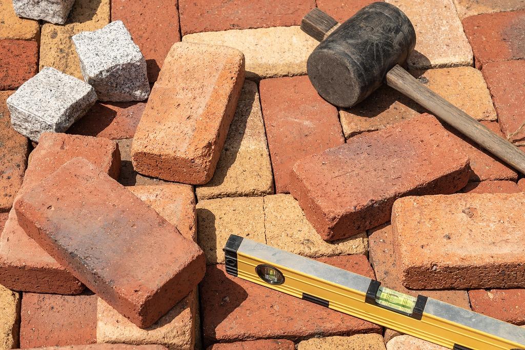 マンションの補修工事を安心して任せられる業者とは?